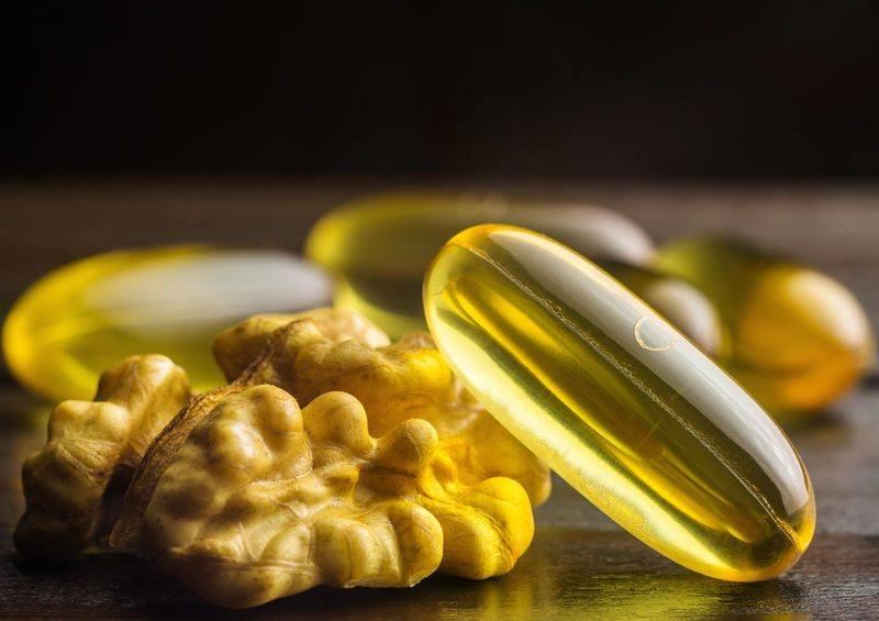 yellow capsules omega 3, fatty acid, fish oil
